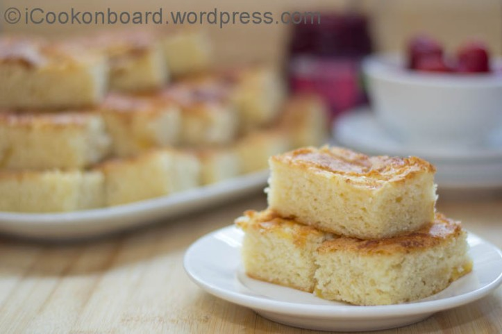 Apple Cinnamon Cake Photo by Nino Almendra