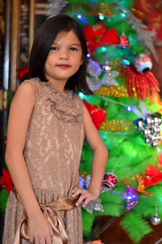 Jesica on her not so favorite color of dress.  Photo by Nino Almendra