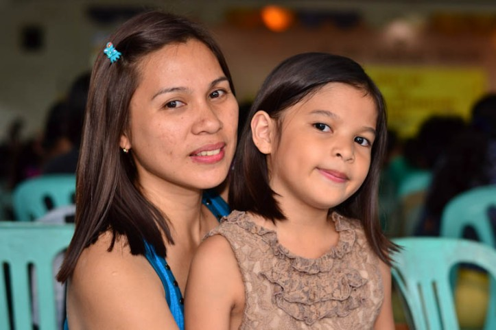 Mommy Thets with Jesica Photo by Nino Almendra