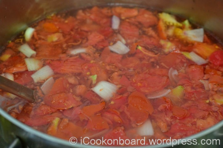 Bring it back to boil and simmer on medium heat for 5 minutes.