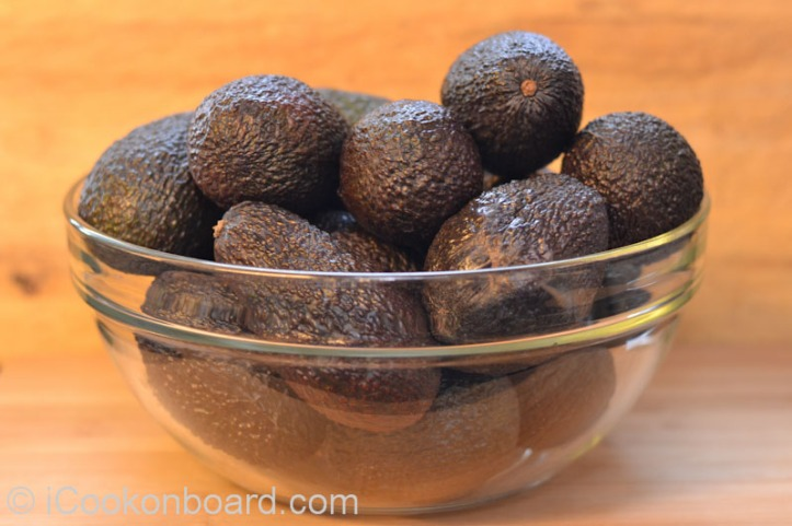 Ripe avocados will turn from green to dark brown. You can feel the soft flesh when you gently press it.