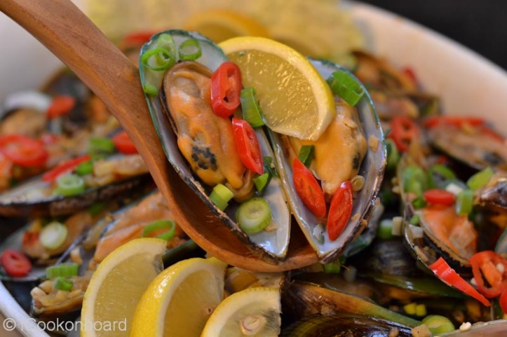 Adobong Tahong (Green Mussels Adobo) Photo by Nino Almendra