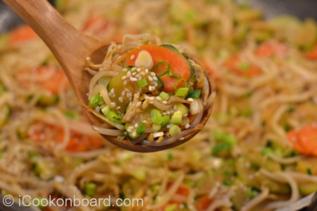 Crunchy Bean Sprouts Stir Fry