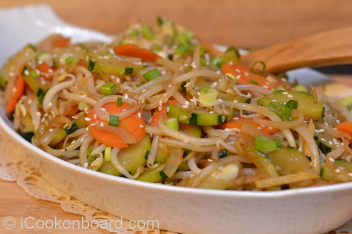 Crunchy Bean Sprouts Stir Fry-2300