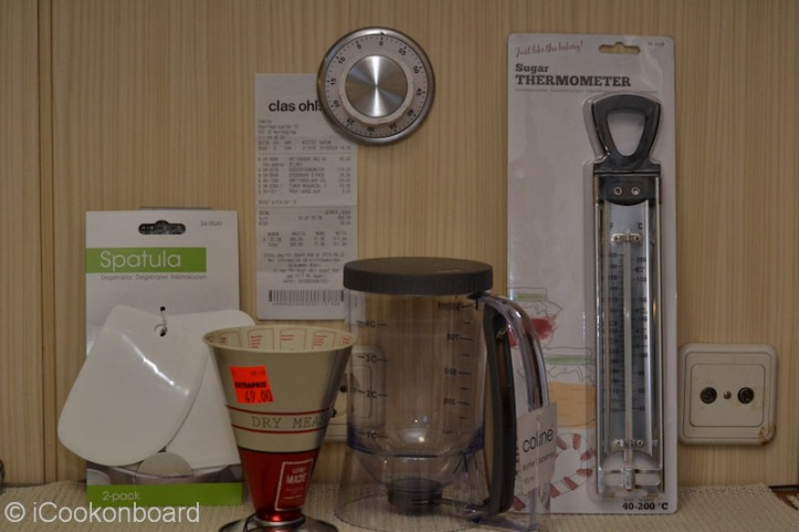 And I got a handful of kitchen tools that I bought for my wifey.