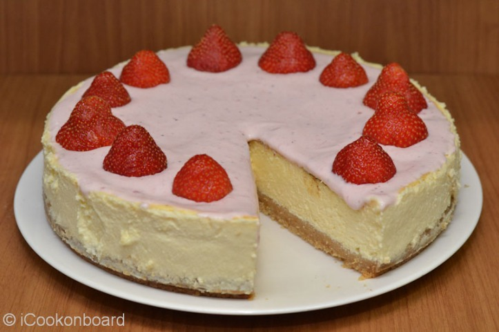 Stoc Marcian Style Strawberry Cheesecake
