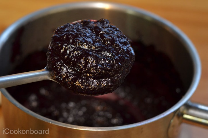 How to make Blueberry Coulis