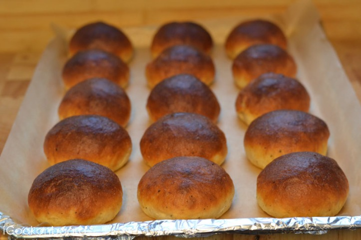 Cardamon Scented Buns
